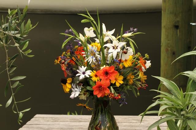 acidanthera dahlia shasta daisy salvia indigo spires cut flowers