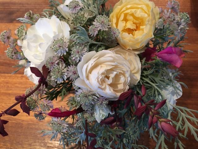 Graham Thomas Rose and Lichfield Angel and Iceberg cut flowers